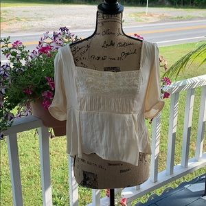 FreePeople Top. Size L. NWT.